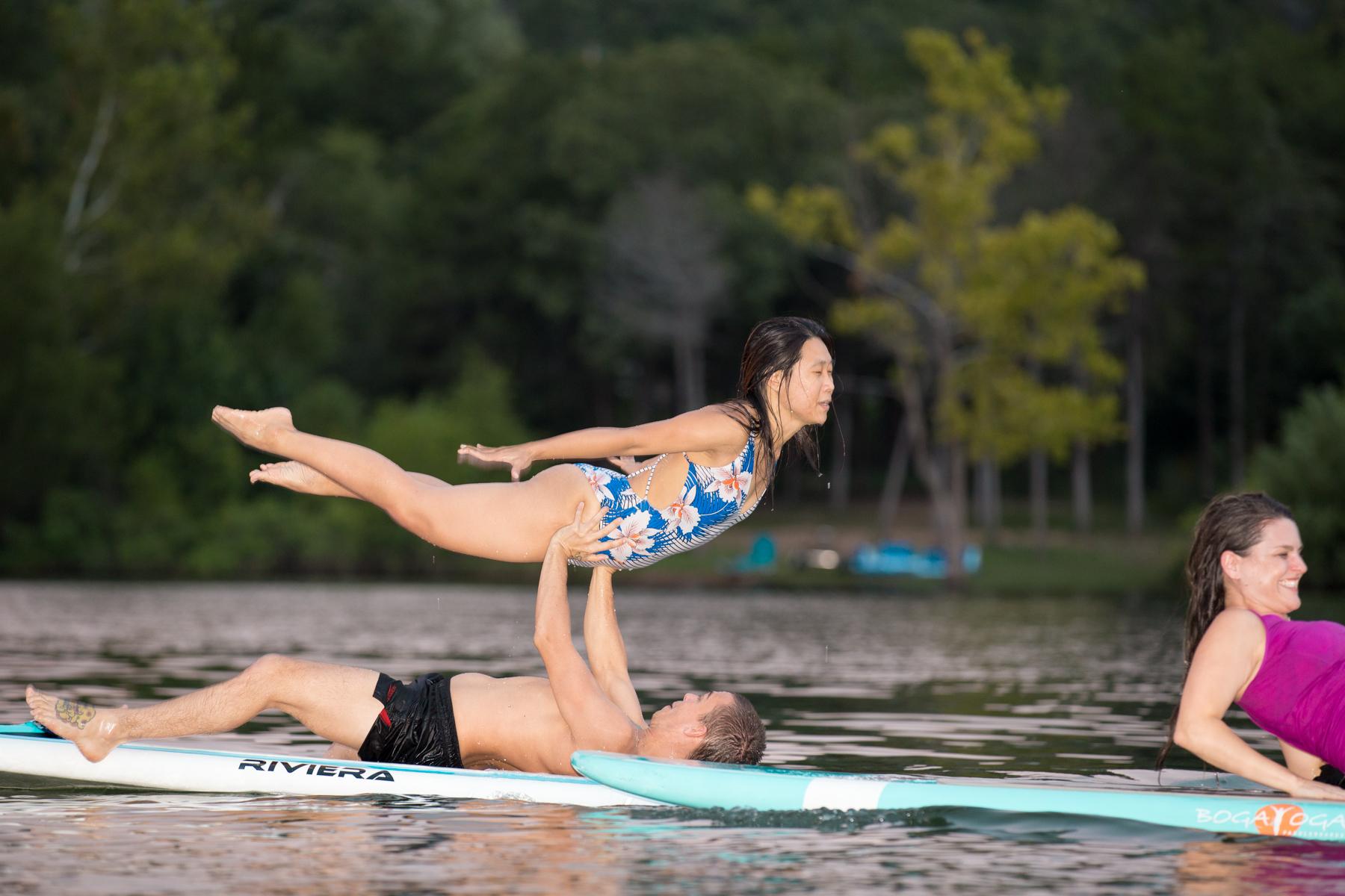 Partner Paddleboard Yoga