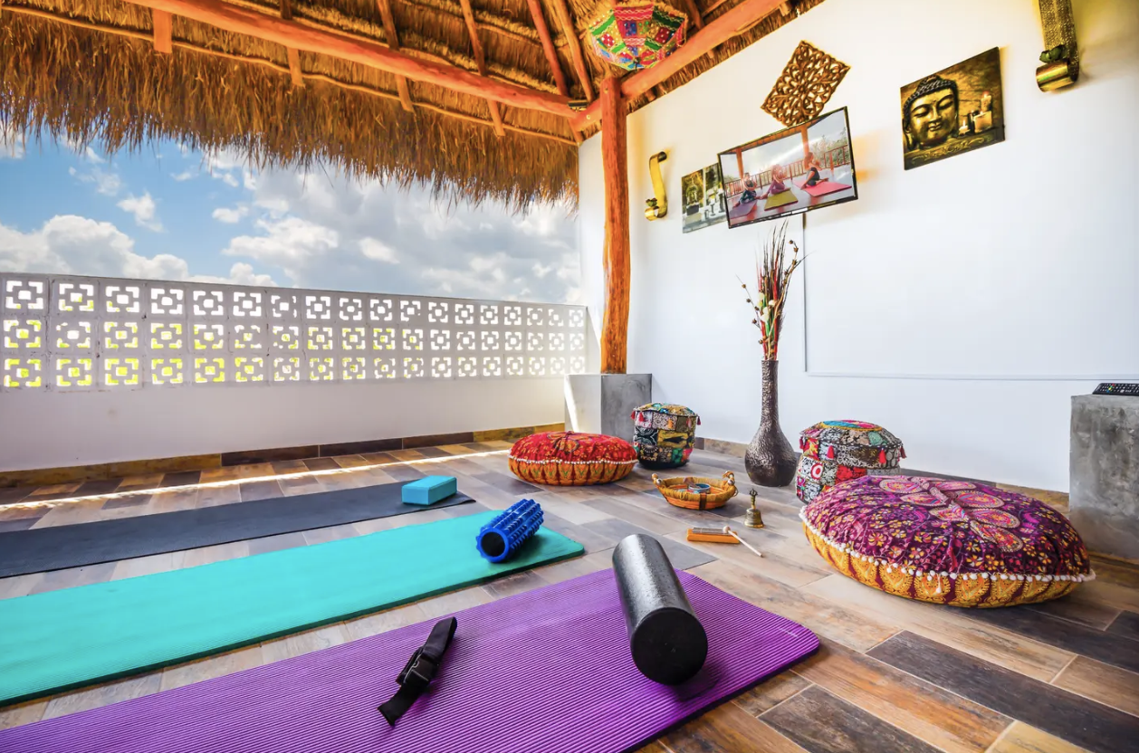 yoga each morning at New Years Yoga Retreat in Tulum